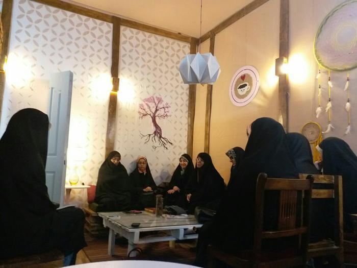 اعزام مبلغ به خوابگاه های خواهران دانشگاه ولیعصر (عج) رفسنجان ، طرح مطالعاتی بینش مطهر برگزار می گردد