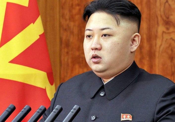 تاکید کیم جونگ اون بر توسعه صنعت تسلیحات و دفاعی کره شمالی